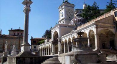 Udine-piazza_Libertà_fontana_del_Carrara
